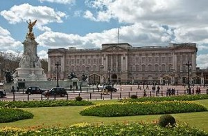 Buckingham Palace – one of the most prestigious and interesting sights of London | United Kingdom